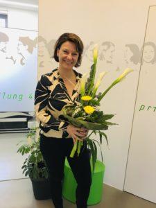 Dr. Sandra Stolz feiert 7-jähriges bestehen Ihrer Zahnarztpraxis in Langenfeld